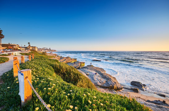 View South past the Surf Shack to Big Rock Reef along Windansea Beach, San Diego California