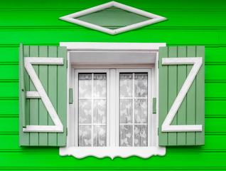Fenêtre de maison créole traditionnelle