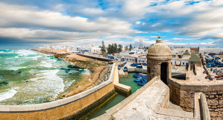 Photo sur Plexiglas Maroc Landscape with old fortress and fishing port of Essaouira, Morocco