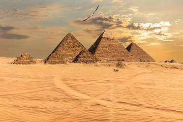 Sunset over the Pyramids of Giza, Egypt Fototapete