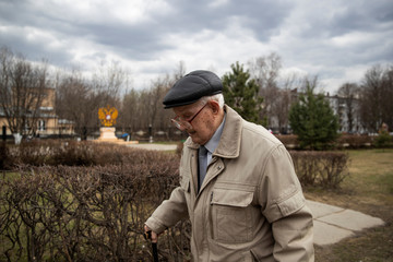 The Wider Image: Russian WW2 veteran, 100, calls for peace on Victory Day