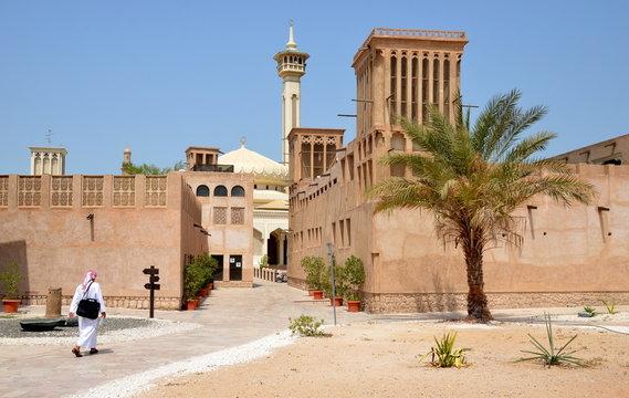 Narrow traditional streets of old Dubai. Al Bastakiya district is also known as Al Fahidi Historical Neighbourhood
