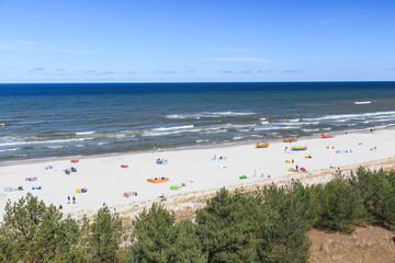 Plaża w Dębkach, na pomorzu gdańskim