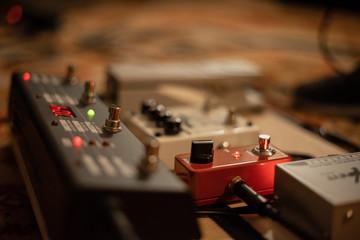 Pedal Effekt Board E-Gitarre Reverb Hall Delay Knöpfe auf Boden Vintage LED