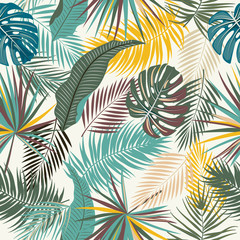 Tropical jungle palm leaves seamless pattern