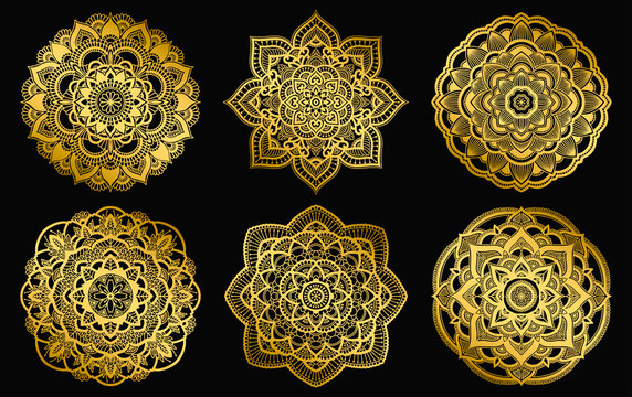 Golden mandalas design. Ethnic round gradient ornament. Hand drawn indian motif. Mehendi meditation yoga henna theme. Unique floral print.