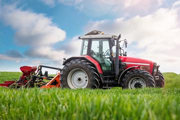 matériel agricole pour semer
