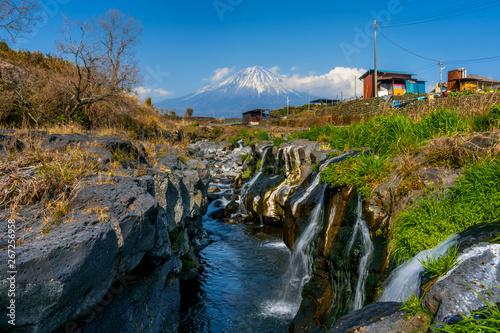 Wall mural Fuji mountain and waterfalls in Japan.