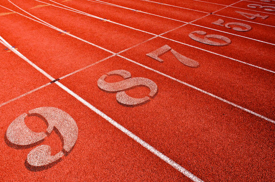 Racing Lanes on all weather track