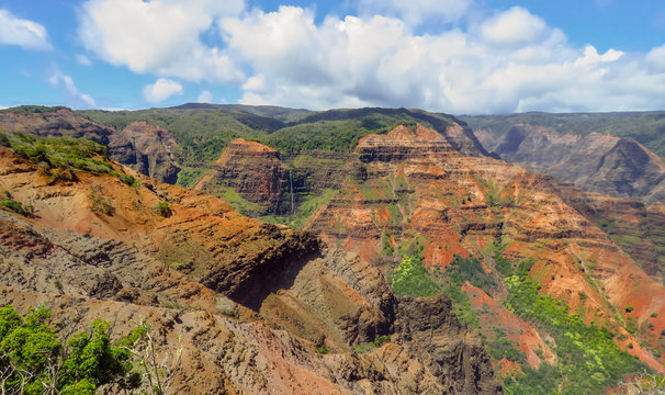 Lookout view of Waipoo Falls at Waimea Canyon, aka the Grand Canyon of the Pacific, Kauai, Hawaii, USA