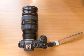 ミラーレスカメラ・レンズ