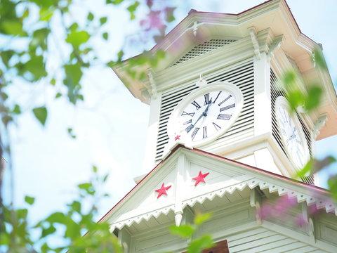 初夏の札幌時計台