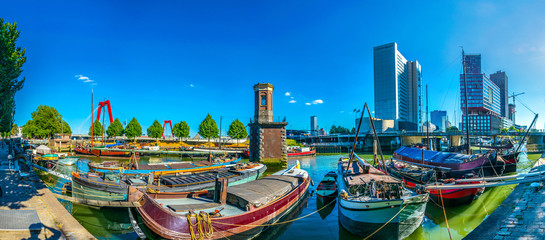 Foto auf Leinwand Rotterdam View of the old port of Rotterdam, Netherlands
