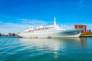 Foto auf Leinwand Rotterdam SS Rotterdam, a hotel and museum situated in a former cruise liner, Netherlands