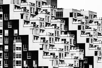 Cambridge Housing - 267873315