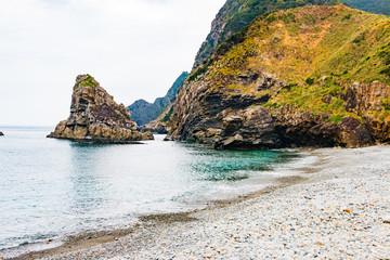 崖と海と海岸 鹿児島県奄美大島ホノホシ海岸