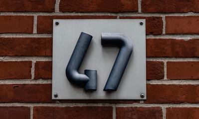 Hausnummer 47