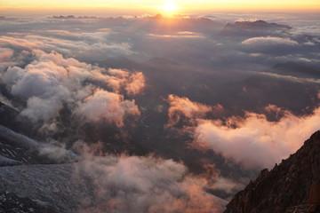Poster Volcano Sonnenuntergang in den Bergen