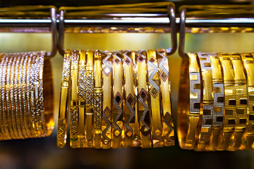 display bracelet gold jewelry jewellery ornaments shop