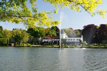 Lac et château de Genval (Brabant wallon- Belgique)