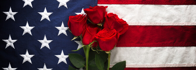 US American flag with roses