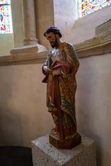 statue d'un saint église de Saint Nectaire
