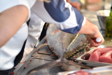 Zubereitung frischer Fisch