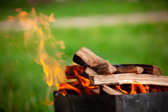 grill firewood fireplace burn-out background barbecue