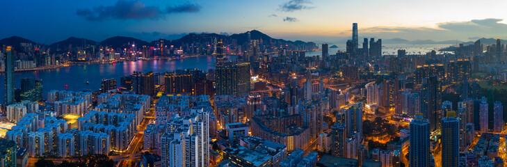 Fotomurales - panoramic shot for the city in Hong Kong at night