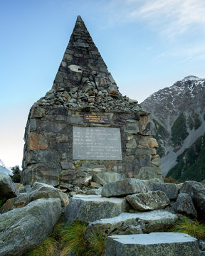 Memorial to climbers who died on Mount Cook, at White Horse Hill in Mount Cook National Park, Southern Alps, Canterbury, South Island, New Zealand, Pacific