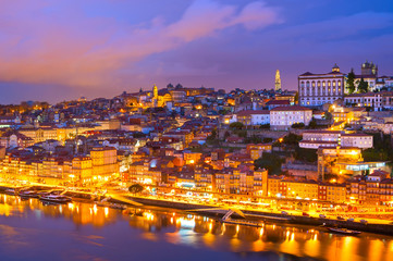 Fototapete - Porto twilight skyline Douro Portugal