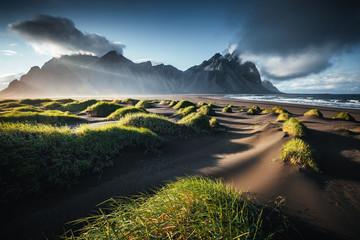 壁紙(ウォールミューラル) - Unique view on the green hills with sand dunes. Location Stokksnes cape, Vestrahorn, Iceland.