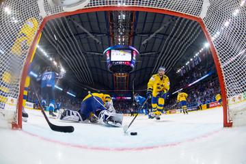 Ice Hockey World Championships - Quarterfinals - Finland v Sweden