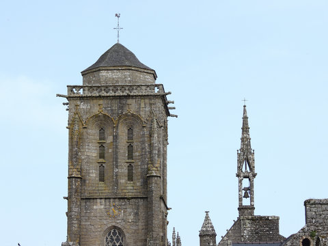 église locronan bretagne