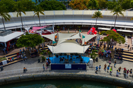Aerial photo of a concert at Bayside Miami on sunday