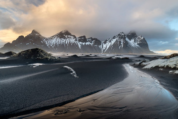 Photo sur Aluminium Gris traffic Stokksnes cape and Vestrahorn Mountain