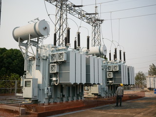 Maintenance Power Transformer in  High Voltage Electrical Outdoor Substation