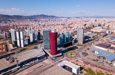 Autocollant pour porte Barcelona Aerial view of Gran Via, Plaza de Europa, convention center of Fira de Barcelona