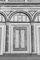 Fototapete - Entrance of classical architecture in Italy