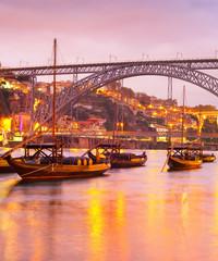 Fototapete - Twilight  Douro river, Porto Portugal