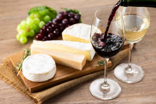 ワインとチーズの盛合せ