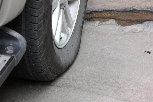 car wheel low air pressure,
