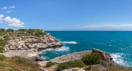 Küste mit Klippen bei Cala Figuera, Mallorca