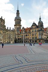 Wall Mural - Dresden, Altstadt: Hofkirche und Residenzschloss