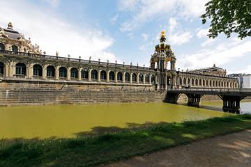 Fotomurales - Dresden: Zwinger mit Kronentor