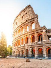 Photo sur Plexiglas Rome Colosseum, or Coliseum. Morning sunrise at huge Roman amphitheatre, Rome, Italy.