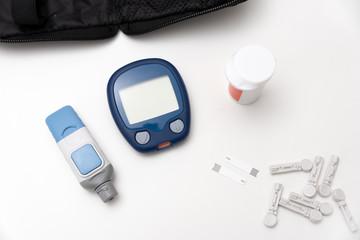 Glucometer, blood sugar measurement for diabetes