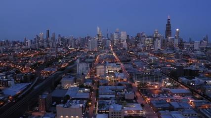 Fototapete - Chicago downtown skyline aerial evening sunset night