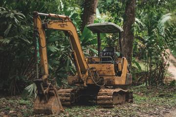 Bagger im Dschungel Panamas