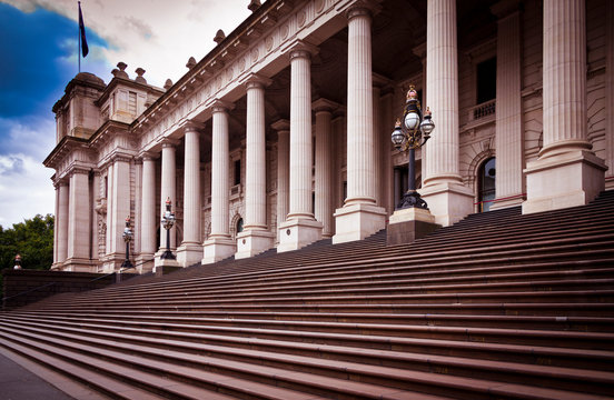 This building is Melbourne Parliament House in Victoria, Australia. From 1901 to 1927 it was used by the National Government before it moved to Canberra.